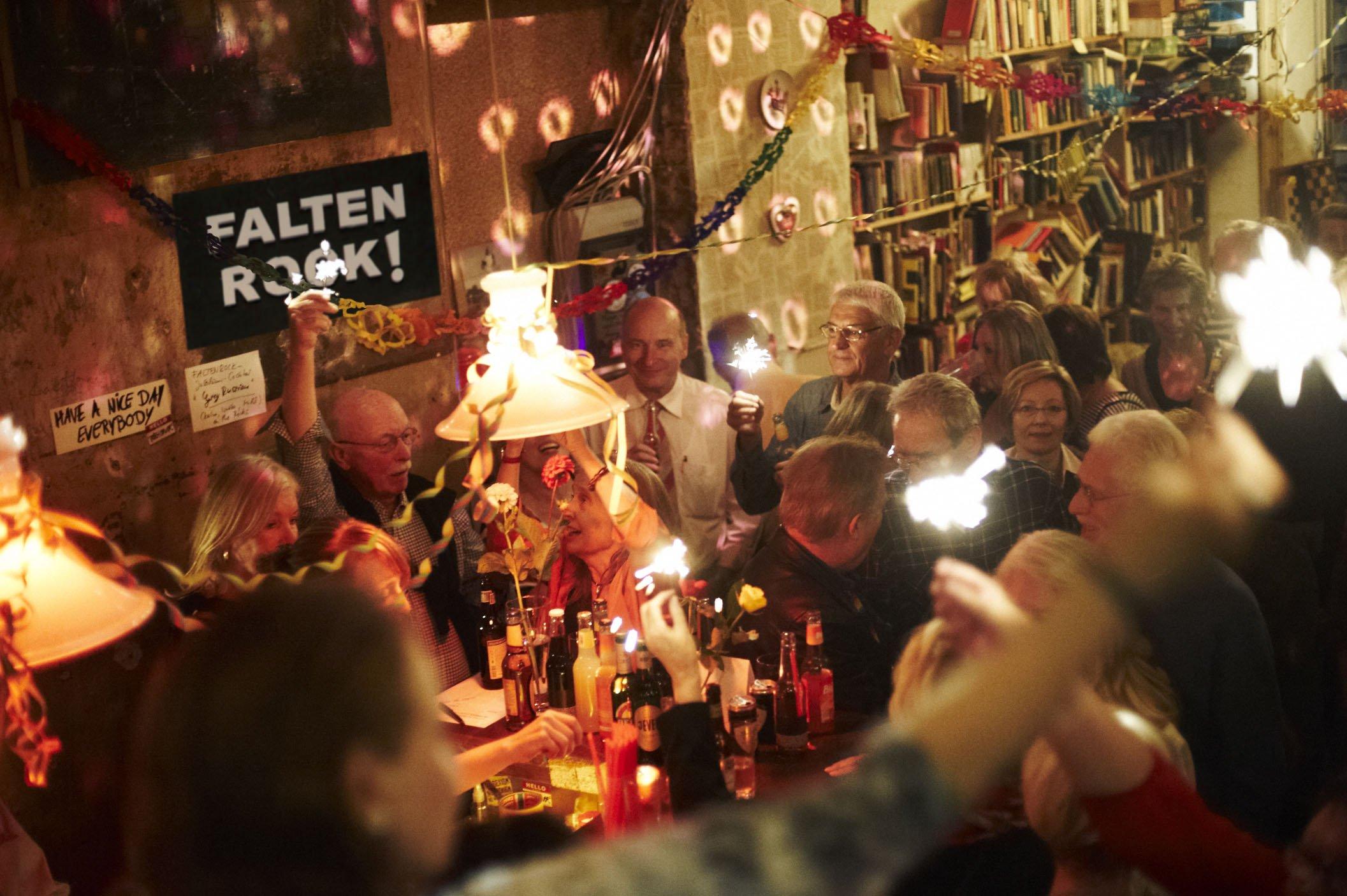Faltenrock Ü60 Party in Hamburg, Party, 09.06.2018, TANGO matrix - Copyright Franziska Holz