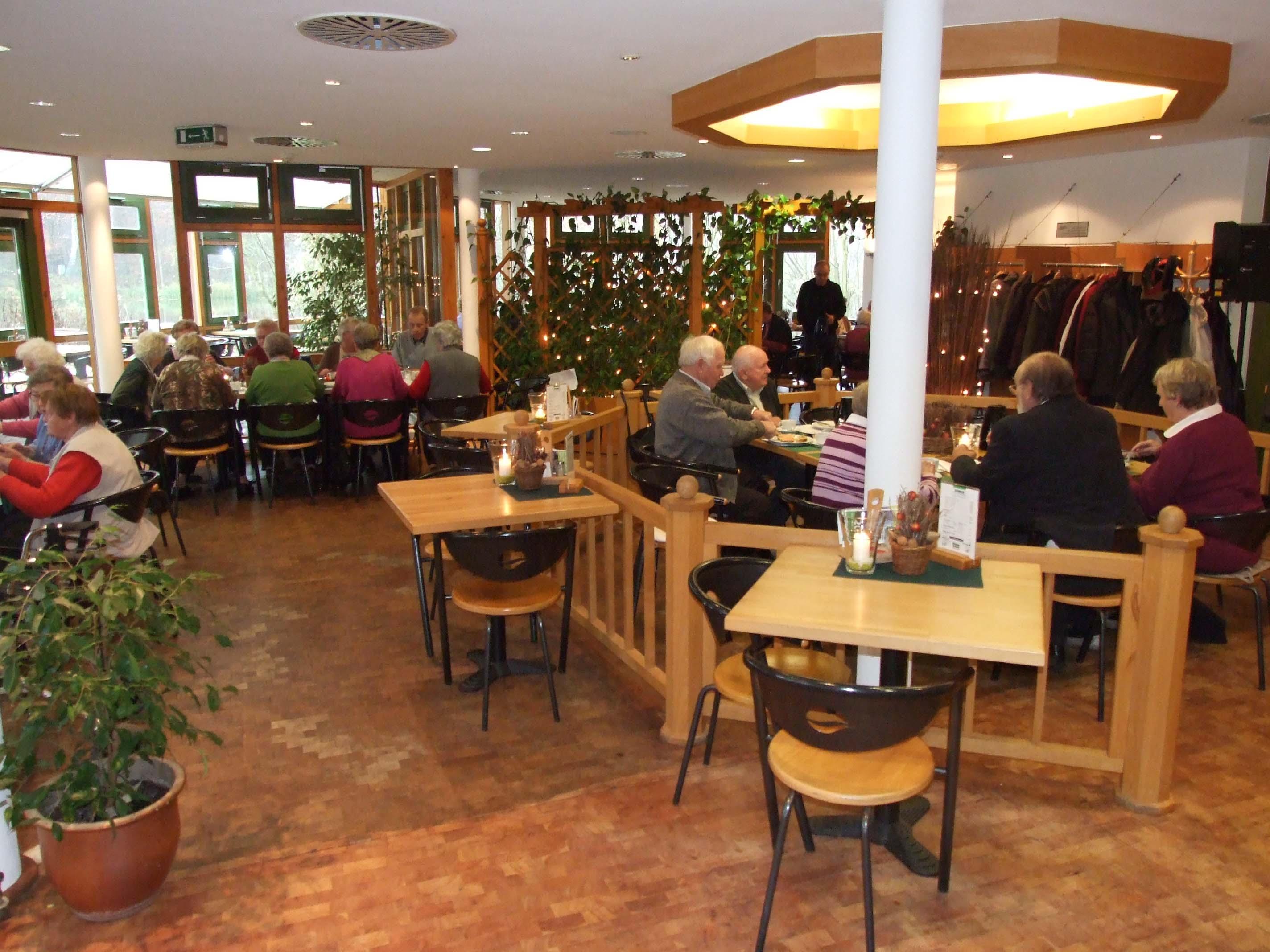 Das gemütliche Restaurant eignet sich sehr gut für Gruppen-Events und Familienfeiern.