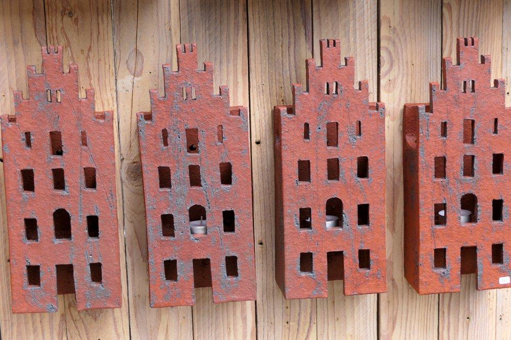 Lüneburger Treppengiebel aus Keramik