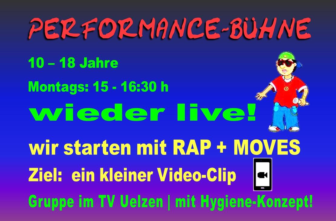 Amanda Pur_Performance-Bühne_wieder LIVE