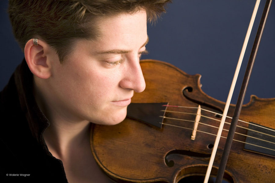 Rachel Harris. Violine