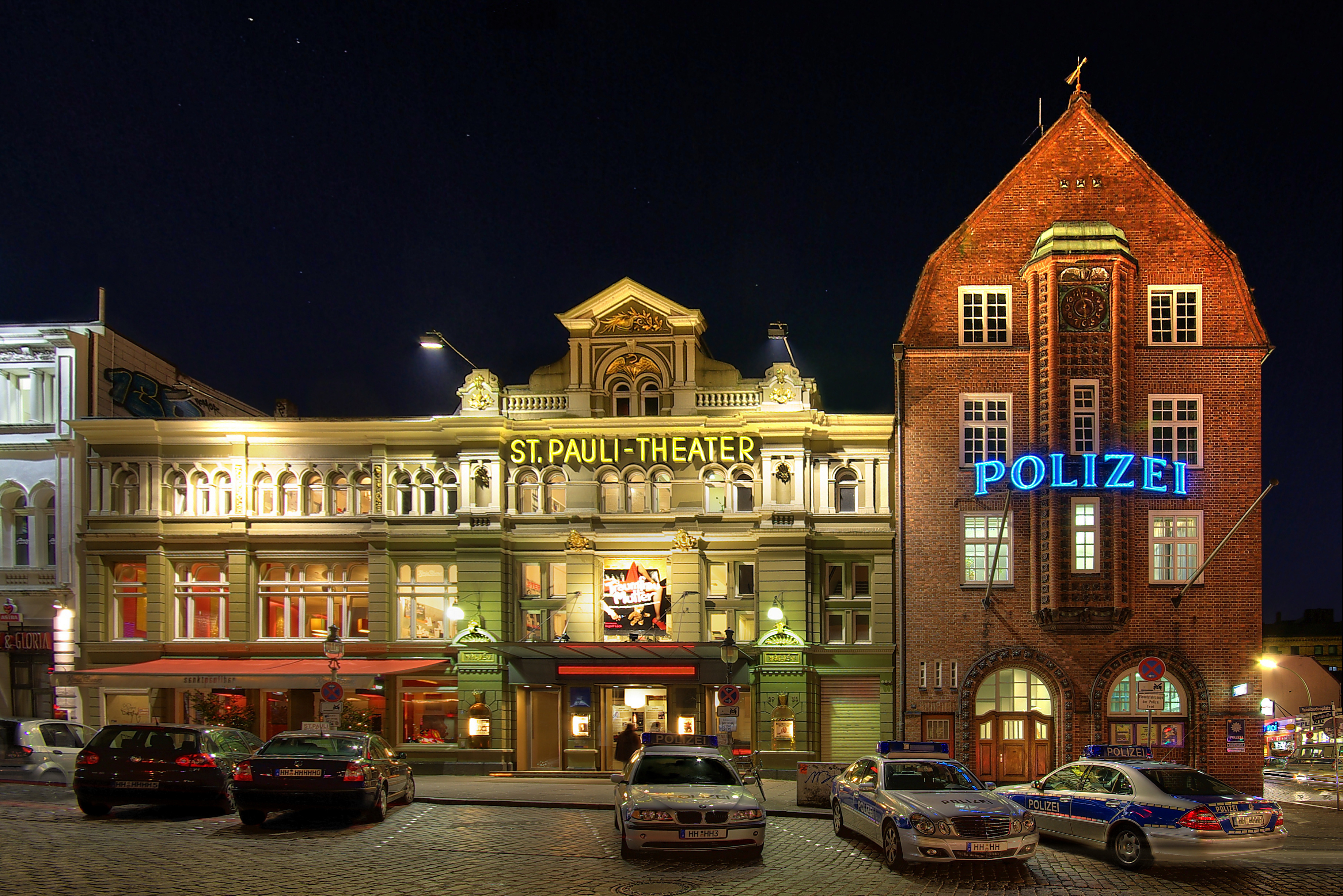 davidwache-spielbudenplatz-entzerrt-bautsch