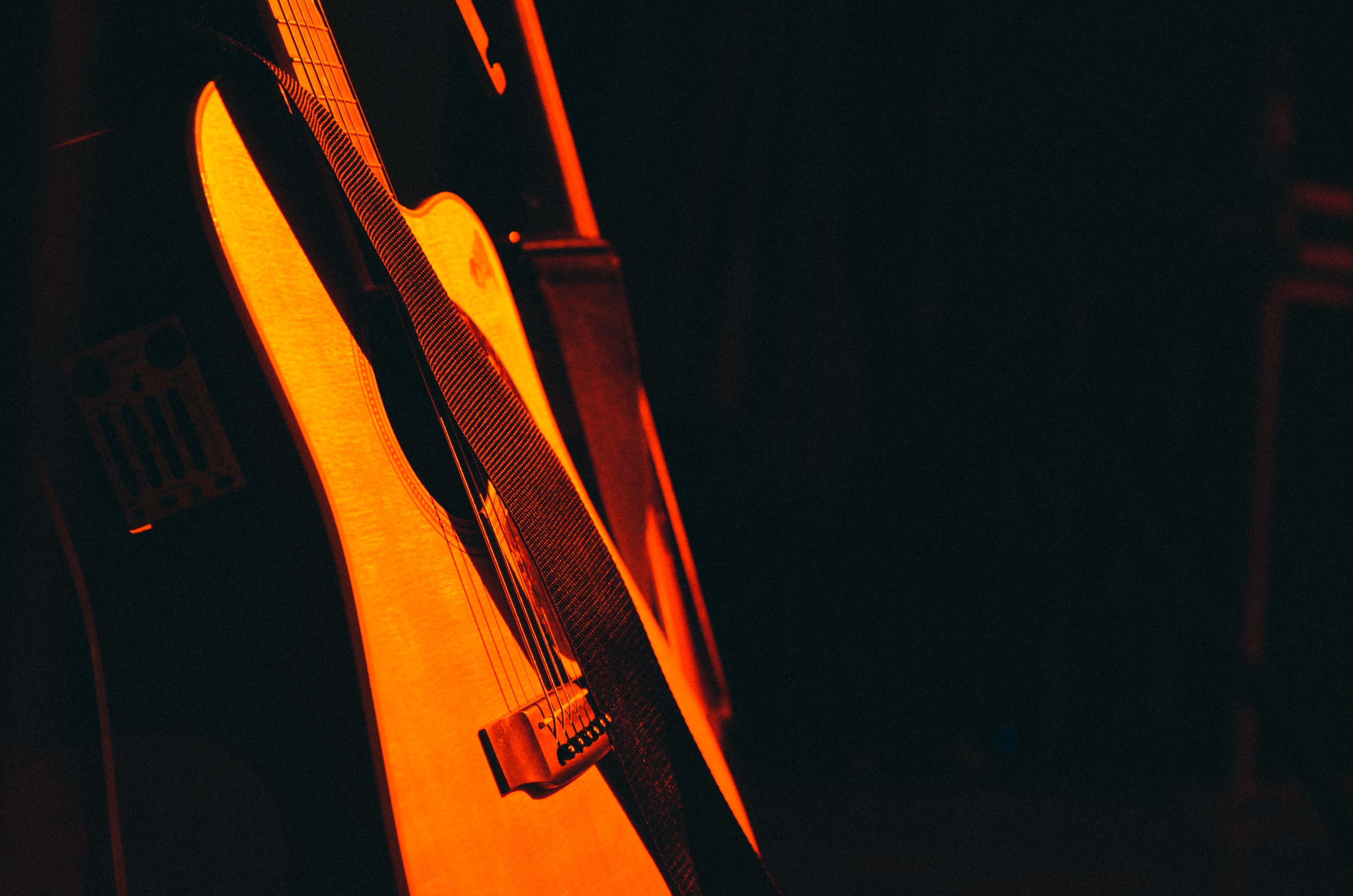 gitarre unsplash