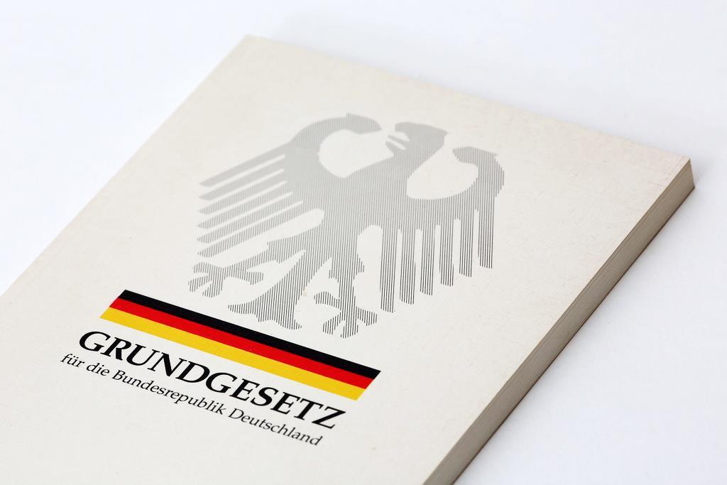 reinbek-zeigt-flagge-foto-ausstellungsplakat