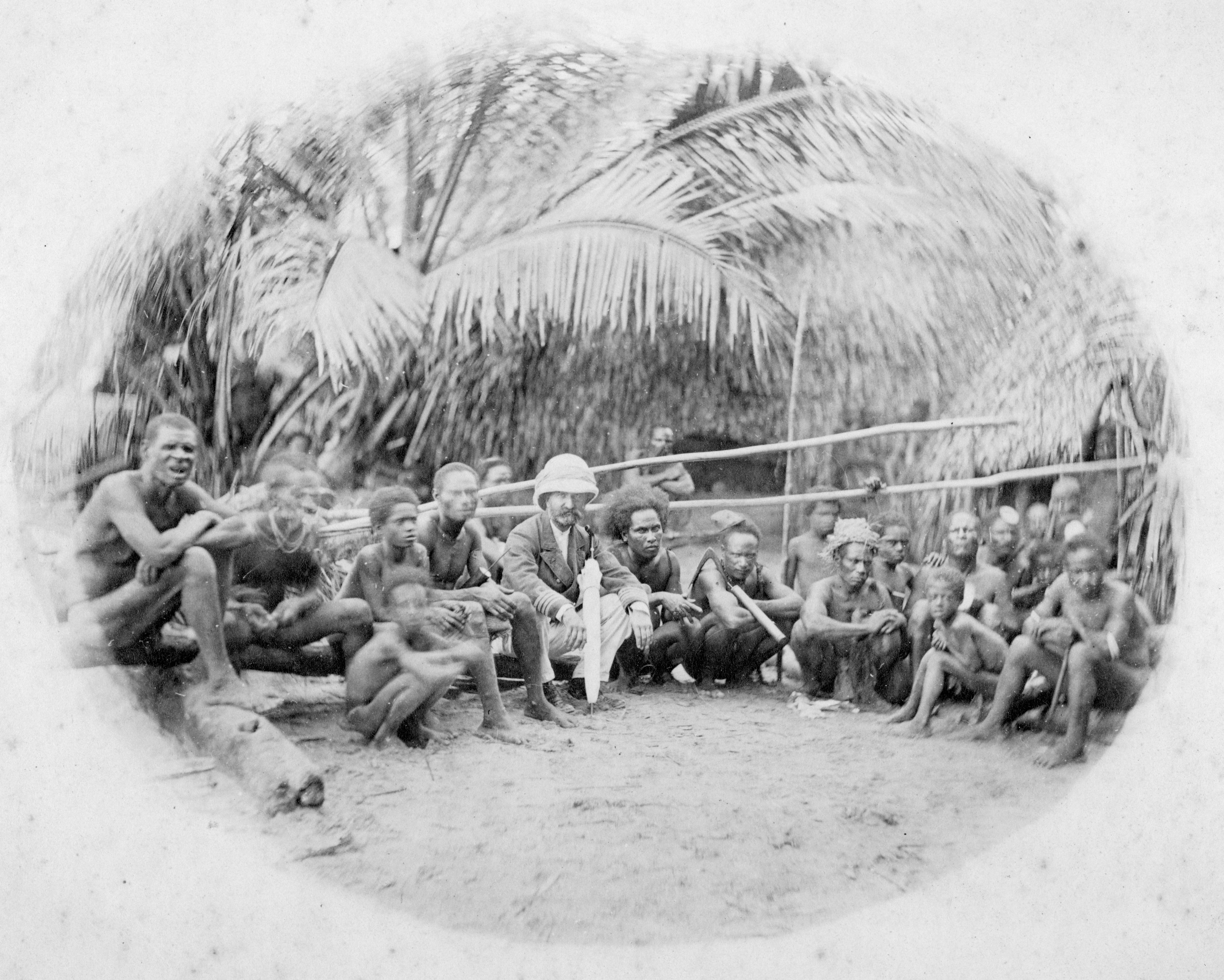 Kapitän Thomson umgeben von Ureinwohnern Australiens